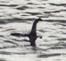 http://www.paranormal-encyclopedia.com/l/lochness-monster/images/lochnessmonster.jpg